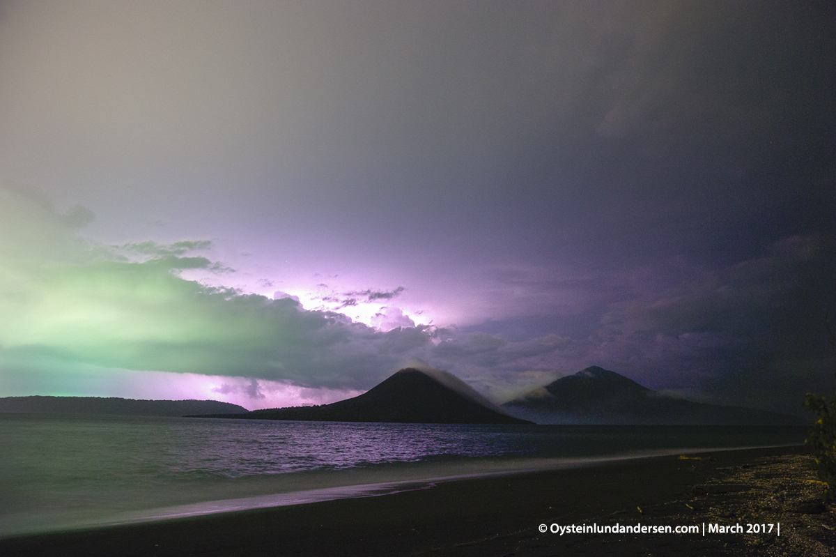 2017 march Krakatau thunderstorm night lightining