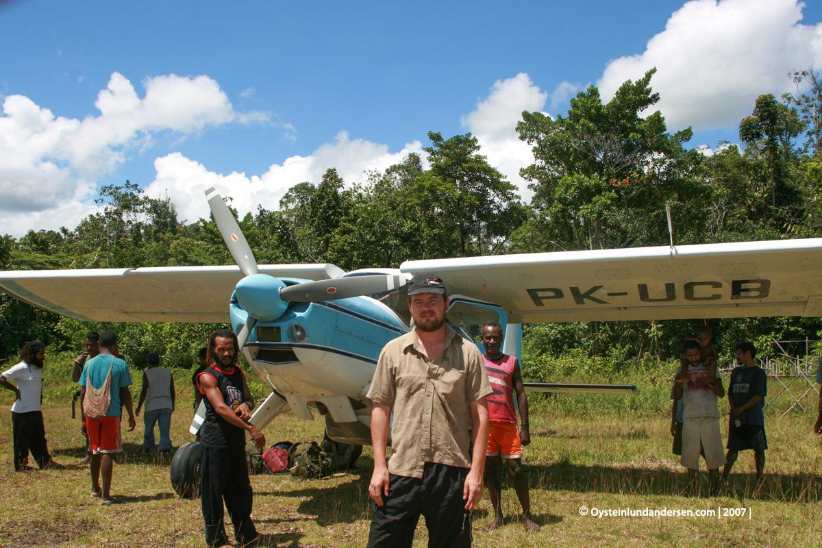 PK-UCB Papua West-Papua Lepki Tribe Terablu Murme Aboy 2007 Andersen