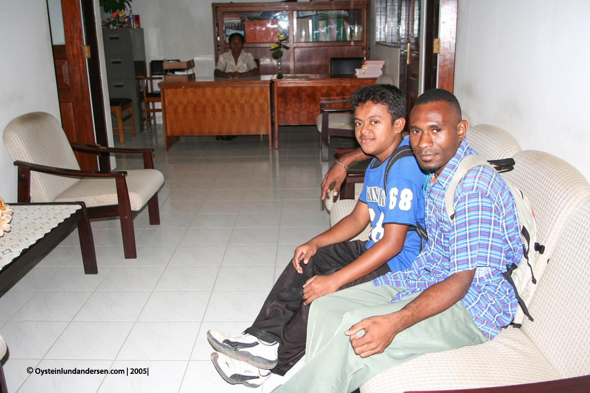 Cenderawasih Universitas University Papua UNCEN Hans Yawan Maximus Kandam