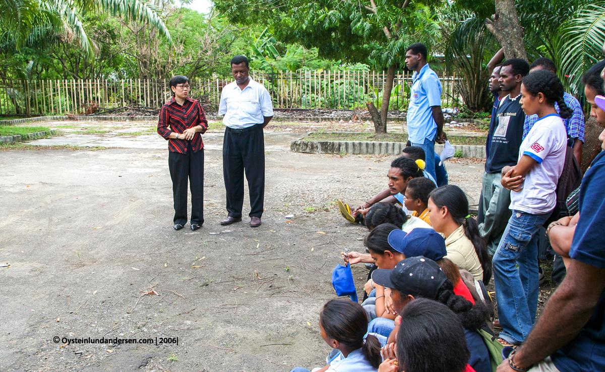 Cenderawasih Universitas University Papua UNCEN Jayapura Ivone Poli Fredrik Sokoy