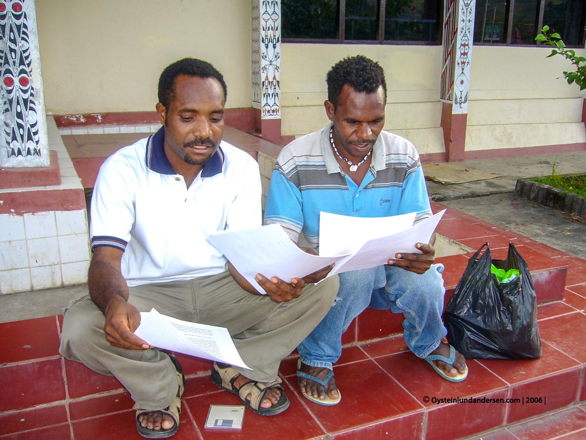 Cenderawasih Universitas University Papua UNCEN Naman Giban Eke Gwijangge