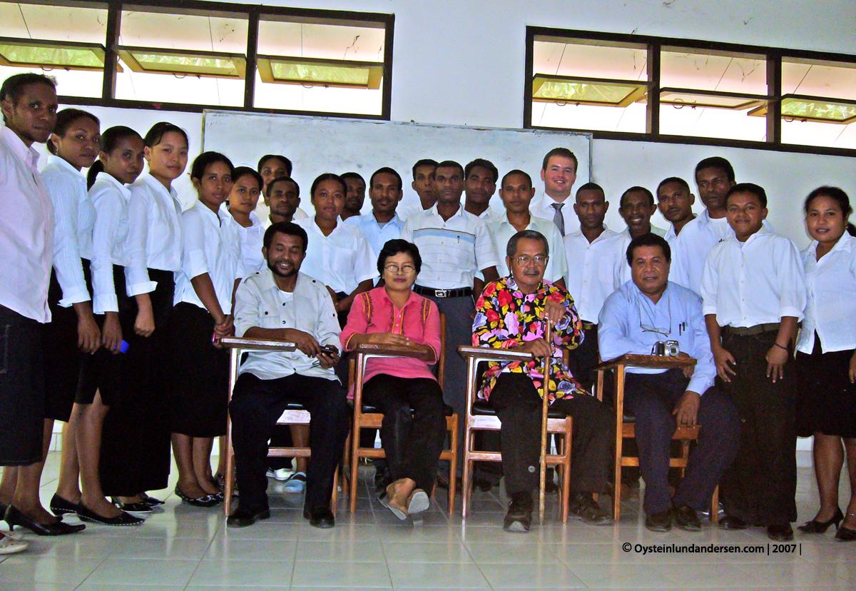 Cenderawasih University Jayapura Anthropology Johsz R. Mansoben Lanny Manalip Frans Apomfires Barkis Suraatmadja