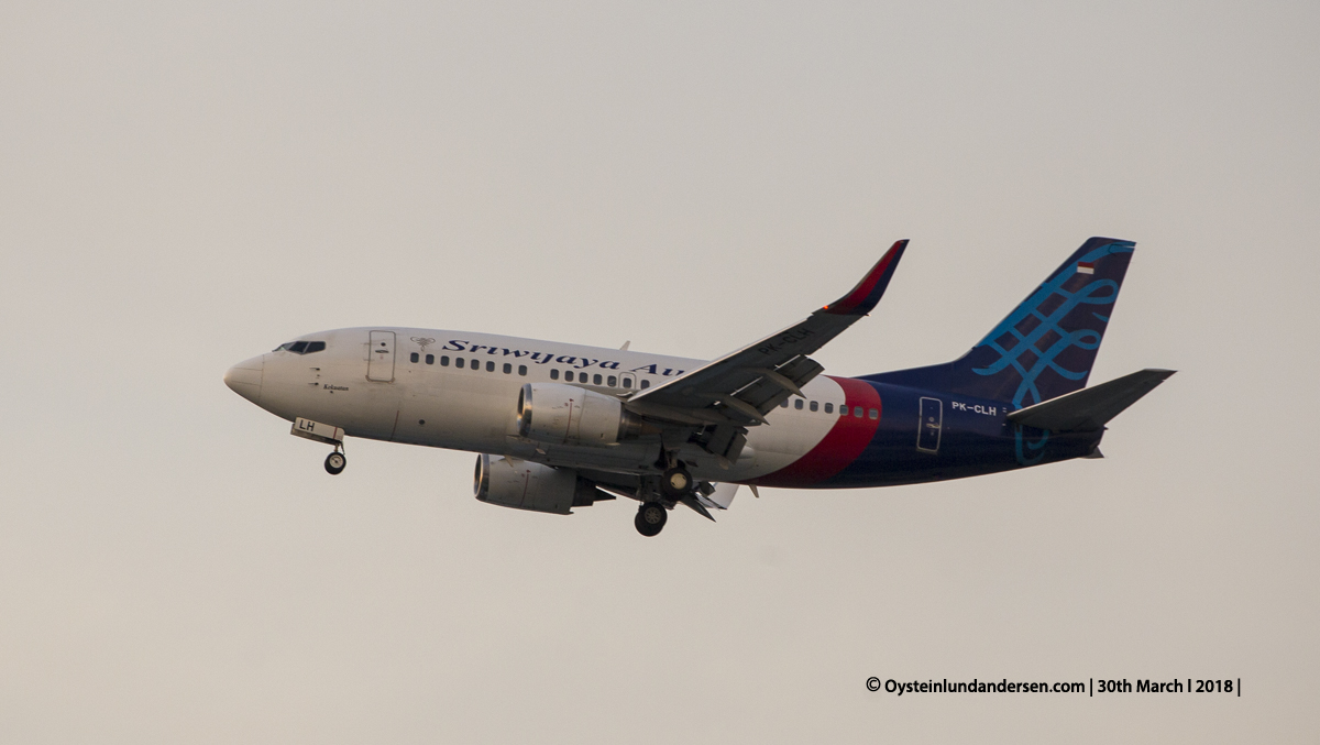 jakarta cgk Sriwijaya Boeing 737-500 PK-CLH
