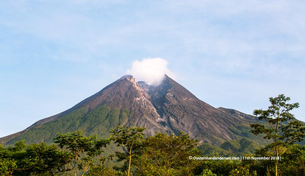 Merapi Volcano Java 2018 November lava-dome