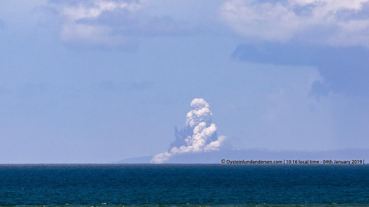 Krakatau volcano Krakatoa Anak-Krakatau 2019 Hydro Surtseyan eruption Indonesia Sunda