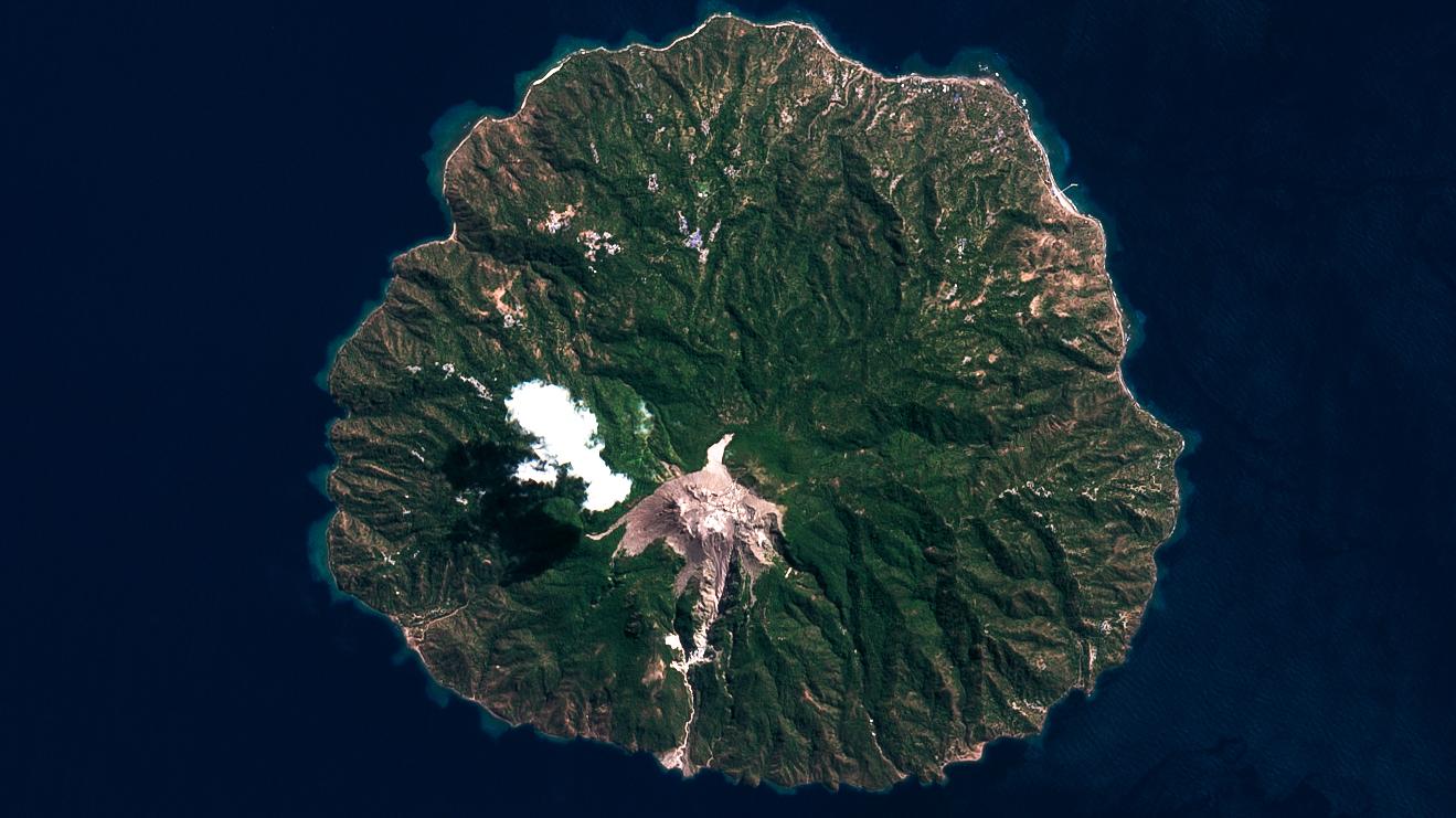 Rokatenda, paluweh, satellite, image, volcano, 2021